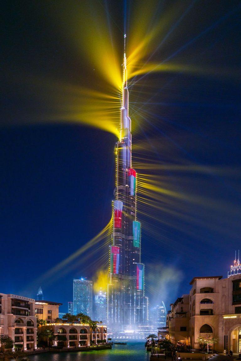 Show-ul cu lasere din Dubai, înregistrat în Cartea Recordurilor (16 fotografii + clip video)