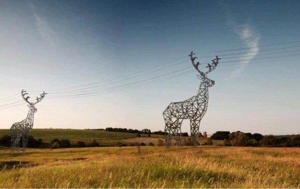 TOP-10: Suporturi de linii electrice care captivează atenția oricărui trecător