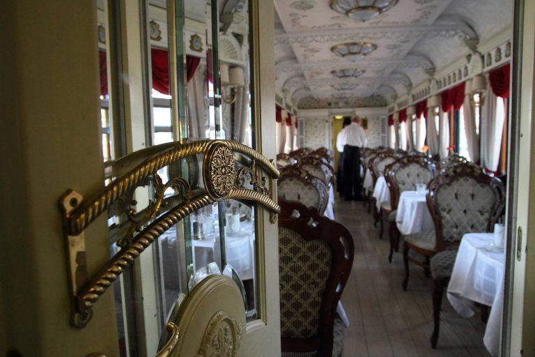 Cele mai luxoase trenuri care circulă pe întregul glob pământesc (18 fotografii)